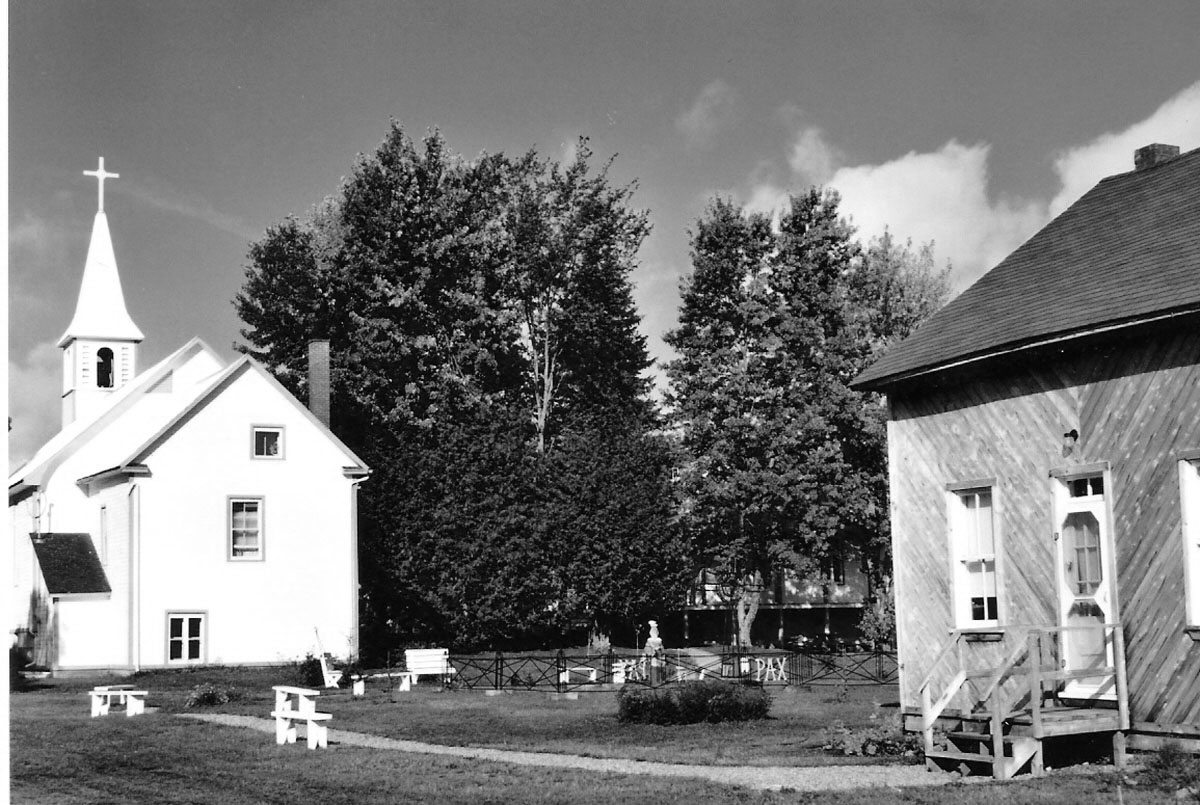 Le jardin et l'Église